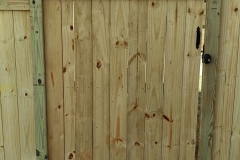 capped-wood-fencing10