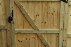 capped-wood-fencing11