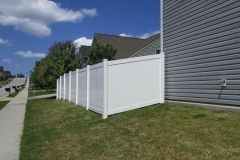 vinyl-privacy-fencing3