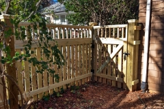 wood-fence-toppers21