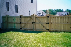wood-privacy-fence13