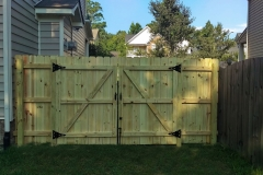 wood-privacy-fence4