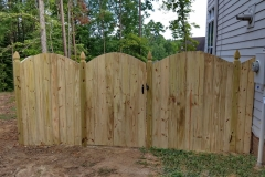 wood-privacy-fence5